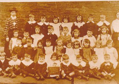 Samuel Whites 1906c - Hanham Wesleyan School Group 2 Infants