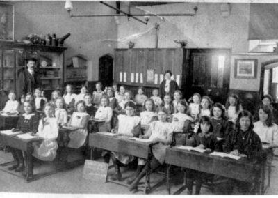 Samuel Whites 1914-15 Belgian refugees in black we think